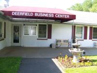 Lovely, Suite in Deerfield Business Center - Perfect