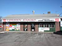 The Colony Farms seafood-- convenience store with beer