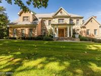 Exquisite 6BR, 7/2BA luxury home in great location.
