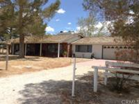 Horse Lovers Mini Ranch! This property is set up for