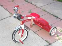 "Hi.. I have a ""RETRO RED"" children's tricycle for sale."