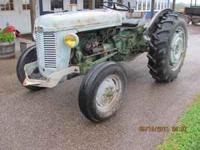 35 hp Ferguson TO-35 tractor, excellent rubber, 2 stage