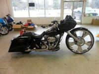 forsale today is a custom 2012 Harley roadglide. if has
