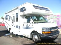 2008 Fourwinds 23A, It Has Very Low miles Only 15,000