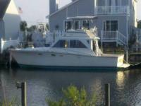 1973 pacemaker 36' boat is in great condition new