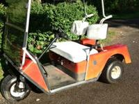 36 VOLT/ 1986 3 wheel Electric Easy Go Golf Cart with