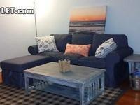 Nicely furnished 1 Bedroom apartment 2 short blocks