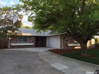 Beautifully remodeled 3bed/2bath home conveniently
