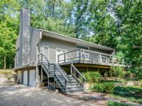 Contemporary 4BR/4.5BA home just two blocks from