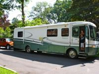The motorhome listed here is a 1998 Holiday Rambler