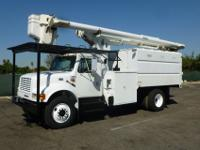 2000 International 4900, DT466, Automatic, Air Brakes,