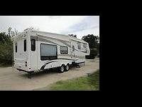 This is a one owner Doctors Jayco Designer Series 35