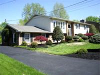 HARRISONBURG Spacious 3000+sf Split Foyer, 5BR, 3BA,