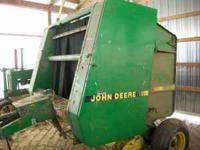 375 Round Baler John Deere Good Condition, 5x4 Bale,
