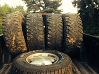 I have a set of 37x12.50 x17 cooper discovery mud tires