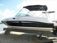 2007 Sea Ray 240 SUNDECK This indoor stored , awesome