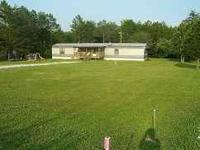 Beautiful country setting! 1995 16x80 mobile home on