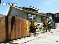 Great Venice Beach bungalow just 1 block to beach and 1