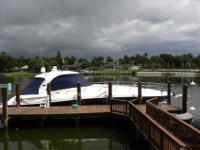 2005 Sea Ray 50 SUNDANCER Contoured lines and dramatic