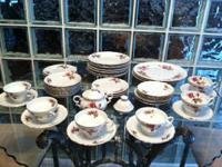 38 PC SET OF ROYAL ROSE FINE CHINA (JAPAN)  SET