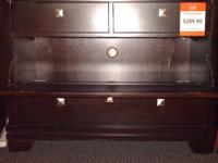 "Very Stylish TV Stand Rental Return.(W38"".5 D18"".5"