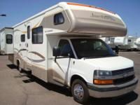 2007 Fleetwood Jamboree 31-M Double-Slide On a Highly