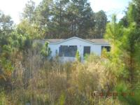 2001 3 bed, 2 bath Double-wide mobile home on approx. 1