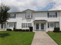 Great 3BR 2.5BA townhome in newer section of Sterling