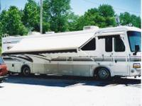 PRICED TO SELL! 1998 Newmar 38' DutchStar Slide-Out