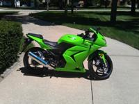 2008 Kawasaki Ninja 250 / 250R. Green. Almost 100%