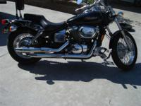 2003 Honda Shadow 750 in GREAT condition. NO DENTS. The