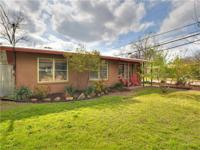 Crestview Charmer on a corner lot right in the heart of