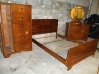 This is a 1940's matching 3 piece bedroom set. Comes