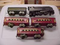 Here is a 3 rail American Flyer train set. I have no