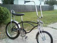 black schwinn reproduction krate nice rider  125