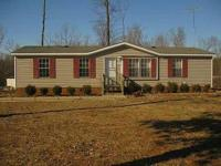 3Bed/2Bth doublewide on a nice 1 acre lot on Cub Creek