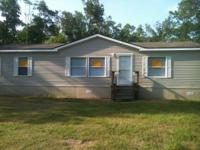 BEAUTIFUL 3 BEDROOM 2 BATH IN ALVIN! OVER AN ACRE WITH
