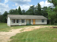 Double wide trailer, condition is fair. Siding will