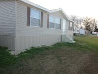 BEAUTIFUL NEW  3 BEDROOM, 2 BATH DOUBLEWIDE MOBILE HOME