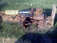 I have for sale a heavy duty wood splitter it is 3pt.
