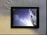 Black and silver 3rd generation iPad in great working