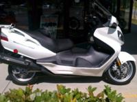 I currently have a 2006 Suzuki Burgman 650 for
