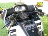 This 50th anniverary model goldwing with the DFT trike