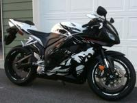 "THIS AWESOME ""HARD TO FIND"" HONDA CBR 600RR IS IN"