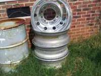 I have four rear 24.5 rims, 2 are polished but could