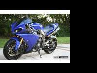 2009 Yamaha YZF-R. 5545 miles ! Well taken care of