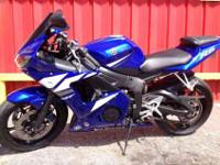FOR SALE IS A 2003 YAMAHA R6 !!ONLY 18K MILES, CLEAR