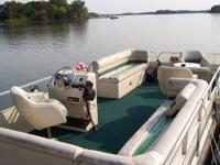 98 24 foot Forester pontoon for sale NO TRAILER hAS A