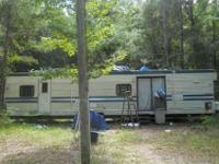 40 Ft 1996 Royal Camper. Asking $4500 OBO. Does have