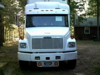 1996 Freightliner truck with16 ft box ,sleeper, bunk